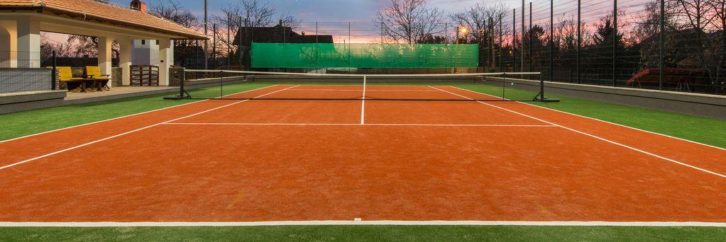 https://www.sportsengine.com/ui_themes/assets/latest/images/portal/banners/tennis_coed_grade-school-1.jpg