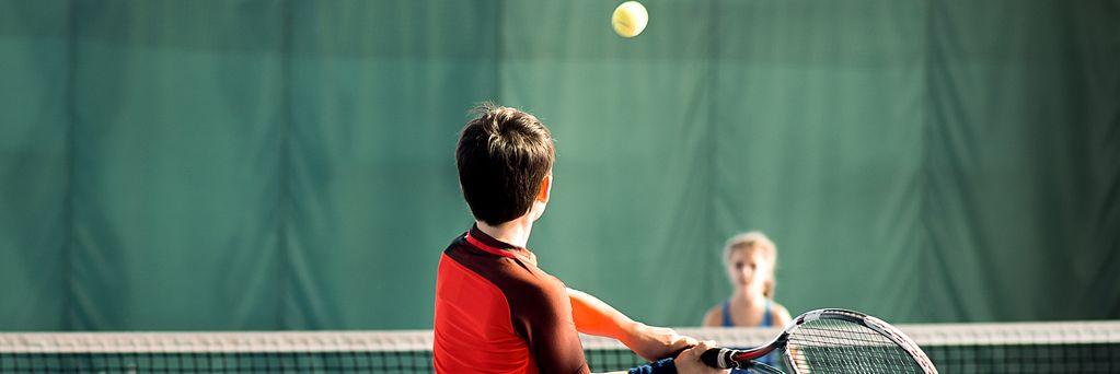 https://www.sportsengine.com/ui_themes/assets/latest/images/portal/banners/tennis_coed_grade-school-2.jpg